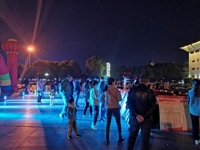 上海男模招聘信息上海夜场日结男始次举行晚场雇用会夜场招聘网站